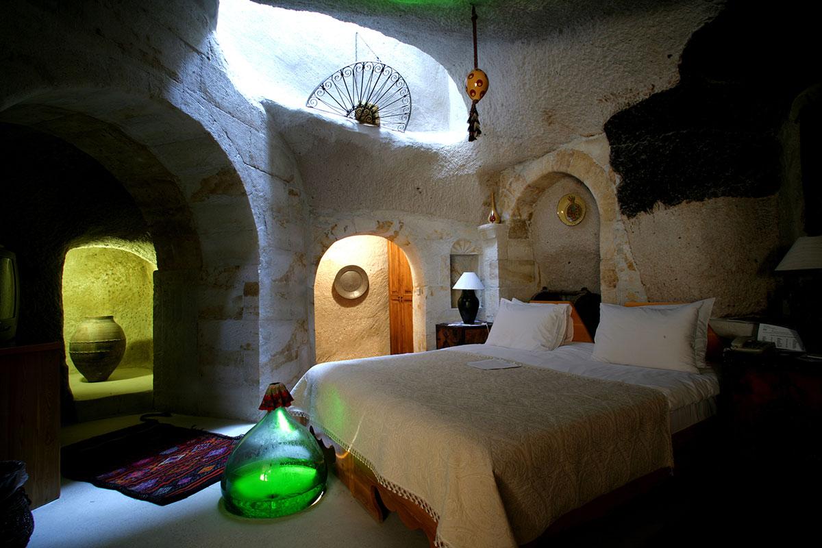 Tafana Cave Suite