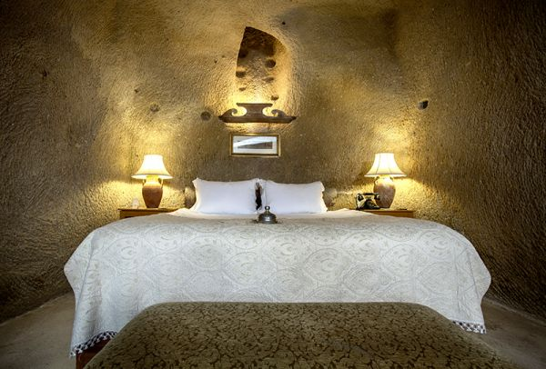 Escape Cave Suite