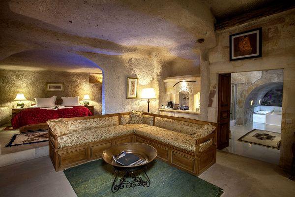 Harem Cave Suite