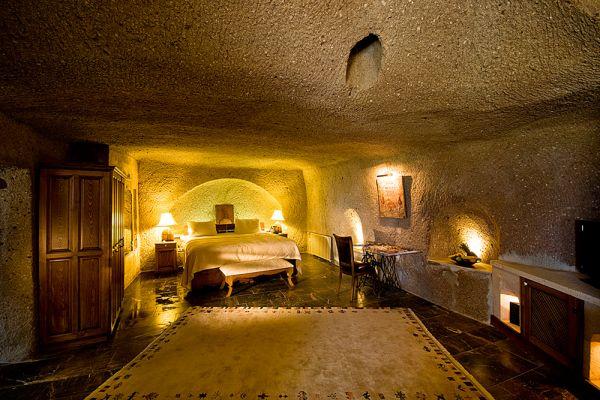 Tekeli Cave Suite